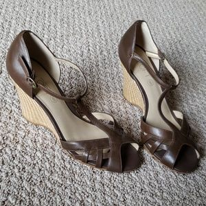 Ann Taylor Loft Size 6 Brown Wedge Heels